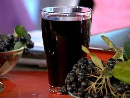 Chokeberry likér pro dobro, dává vitamíny, voňavé a chutné!