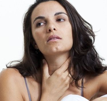 Simptomele de gușă endemică