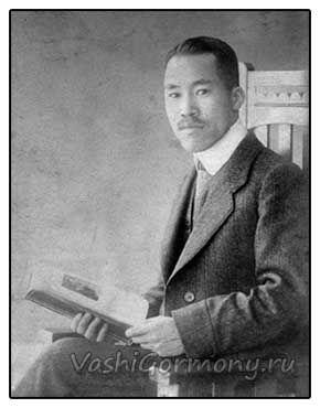Foto: japanski naučnik Hakaru Hoshimoto
