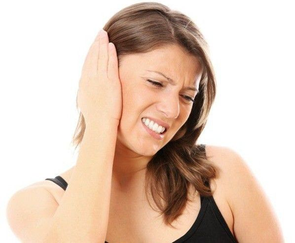 Príčiny tekutiny v uchu